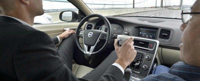 Intelligenza artificiale al volante, ora saremo noi a spegnere il cervello