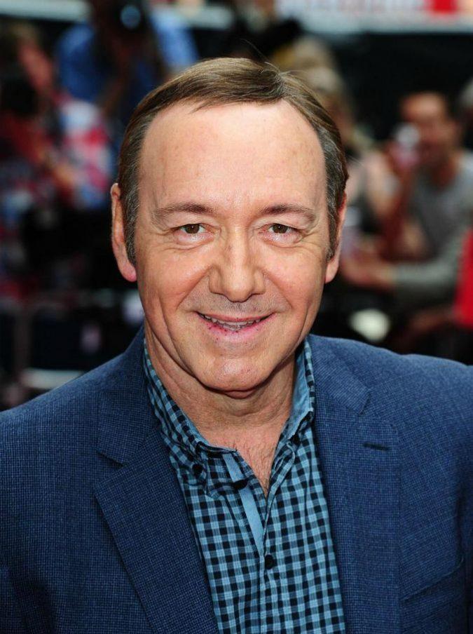 """Kevin Spacey, Netflix: """"No a produzione di House of Cards se includerà l'attore"""""""