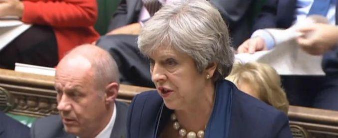 """Uk, """"trovato materiale porno estremo in computer del vice di Theresa May"""""""