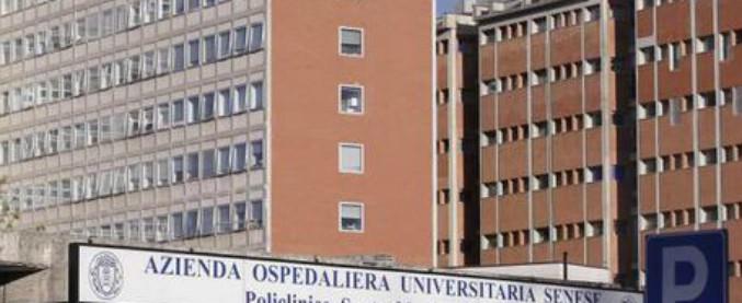 """Siena, crolla il controsoffitto dell'ospedale: 5 feriti. """"Una paziente colpita alla testa"""""""