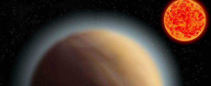 """Ecco il pianeta """"mostro"""" che sorprende gli scienziati: grande come Giove in orbita intorno a un piccolo sole"""