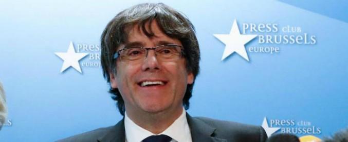 Catalogna, è arrivato il mandato d'arresto anche per Puigdemont. La Spagna chiederà l'estradizione al Belgio
