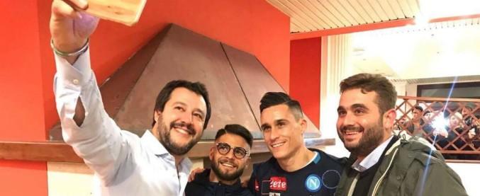 """Napoli, foto di Salvini con Insigne: polemiche sui social. Il club: """"Da lui scuse per il passato, non abbiamo accettato"""""""