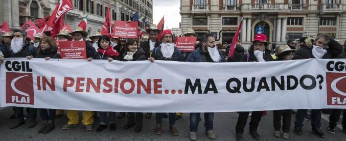 """Pensioni, sindacati uniti al governo: """"Intervenga in extremis per tenere il pagamento al primo del mese"""""""