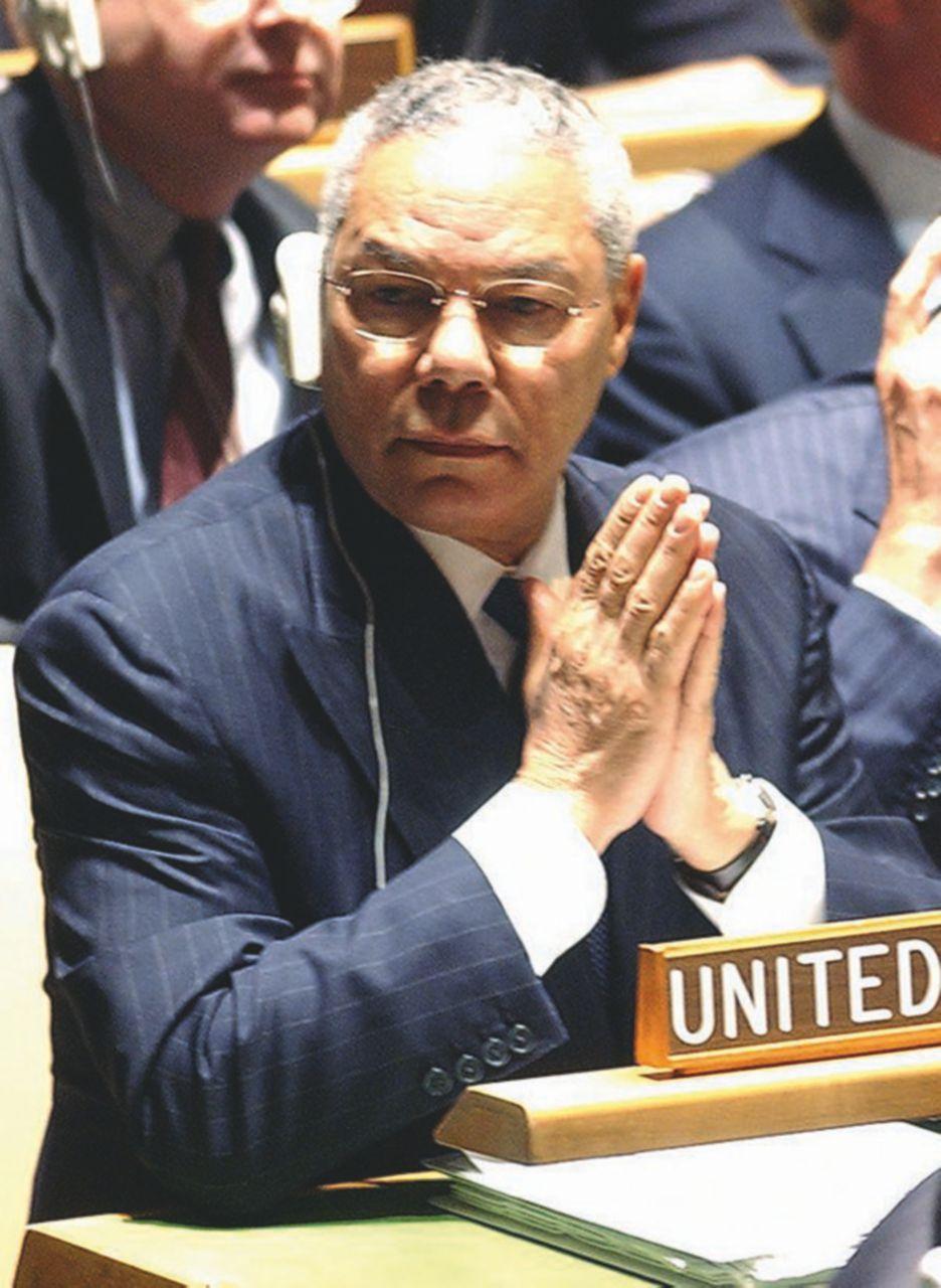 2003, la provetta di antrace di Colin Powell all'Onu