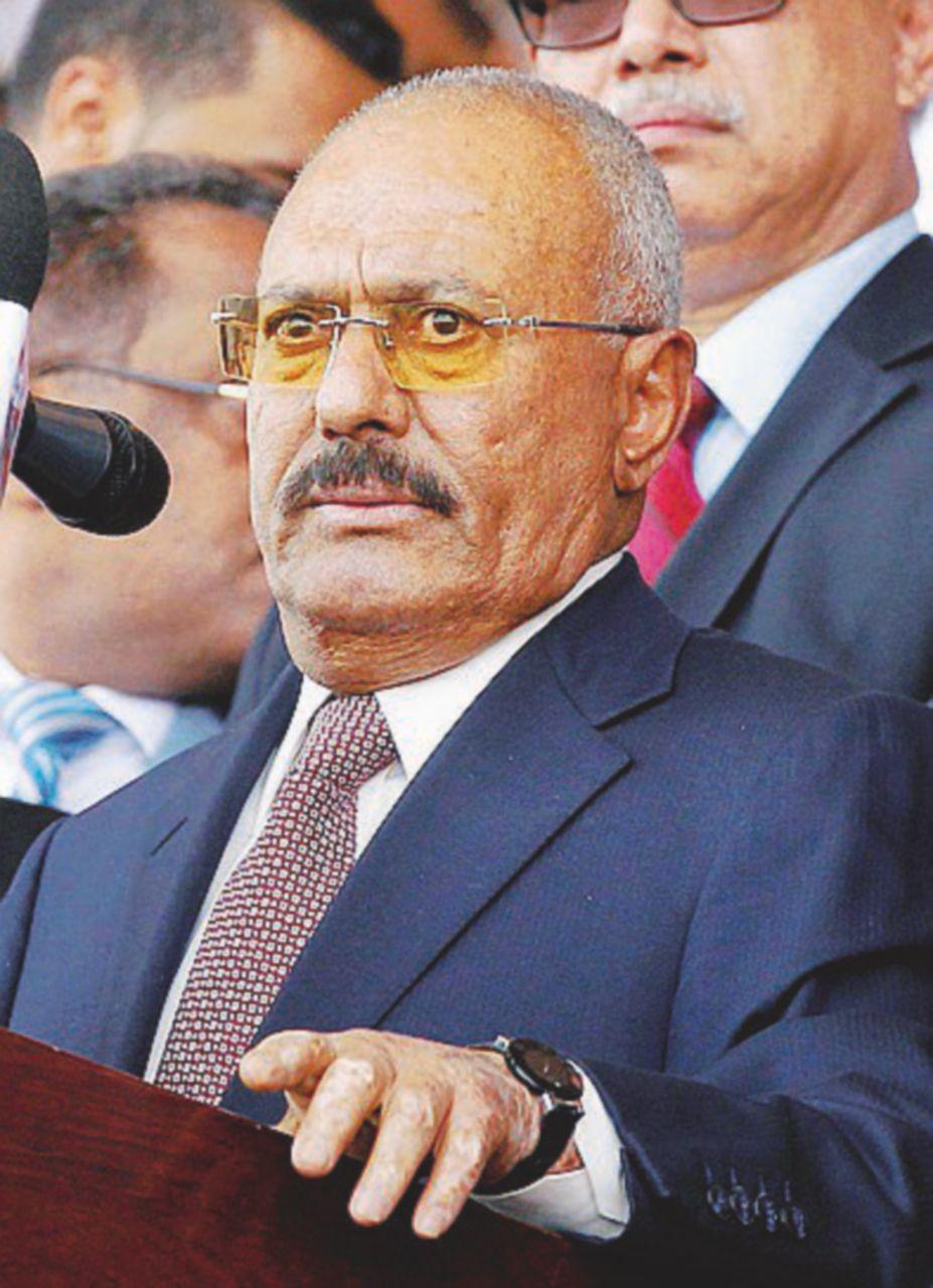 Yemen, letale l'ennesimo cambio di casacca dell'ex presidente Saleh