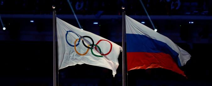 """Olimpiadi invernali 2018, dopo lo scandalo doping esclusa la Russia. Ma gli atleti """"puliti"""" potranno partecipare"""