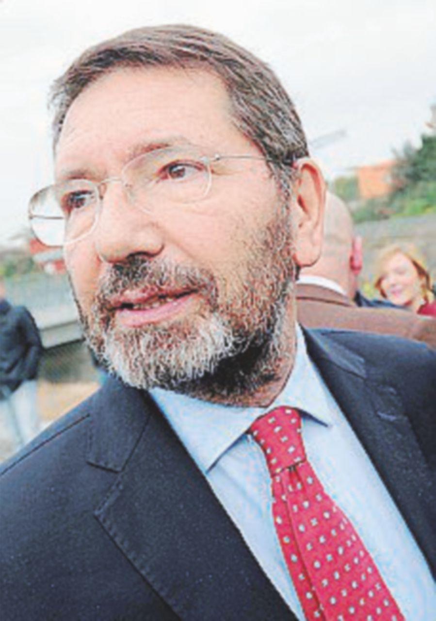 """Il pg sugli scontrini: """"Condannare Marino a due anni e mezzo"""""""