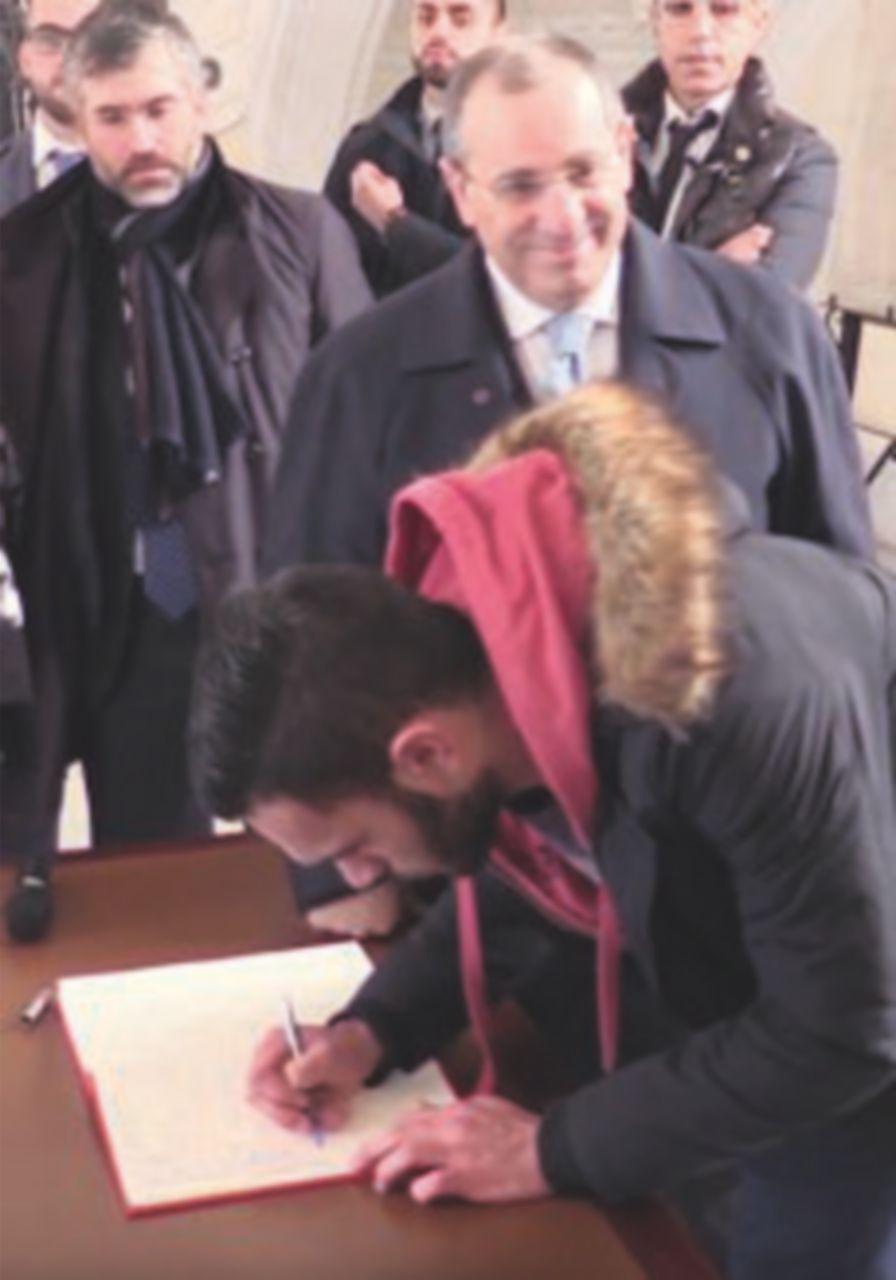 Centinaia di ragazzi a Reggio Calabria firmano contro i clan