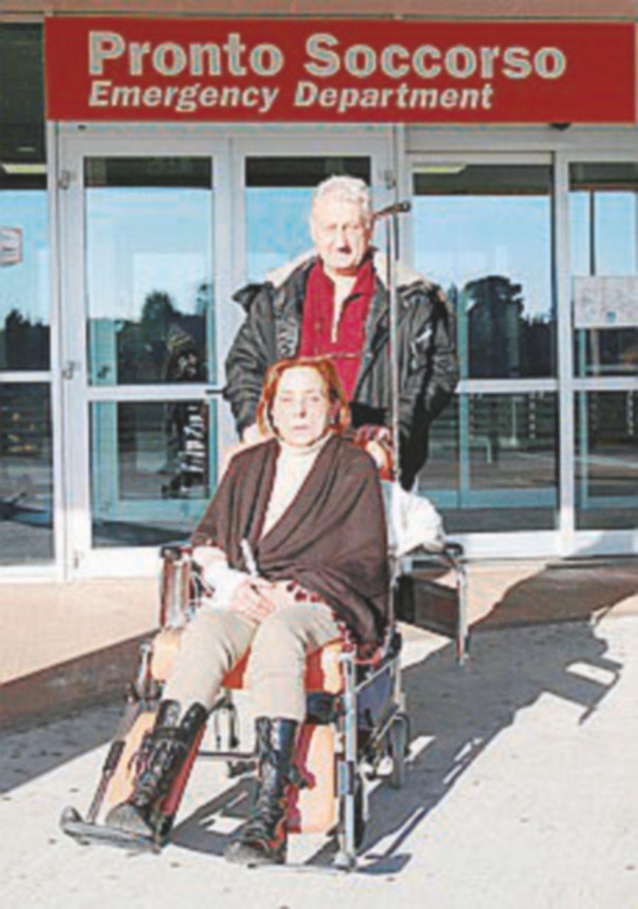 La sua casa venduta all'asta: una disabile tenta di uccidersi