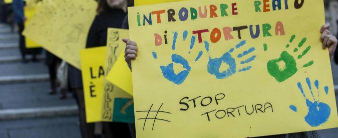 """Reato di tortura, l'Onu contro l'Italia: """"Legge incompleta che crea spazi per impunità. Deve essere cambiata"""""""