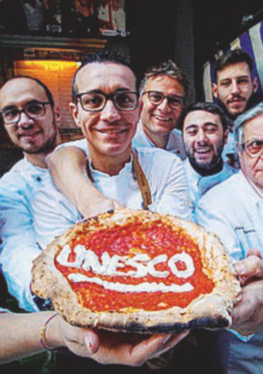 Grande festa a Napoli. L'Unesco ha deciso, in Corea vince la pizza