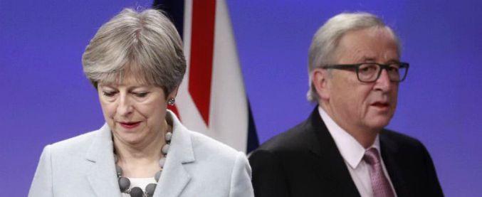 """Brexit, vertice tra Juncker e May: """"C'è l'accordo per l'uscita"""". Ai cittadini Ue si applicherà diritto britannico"""