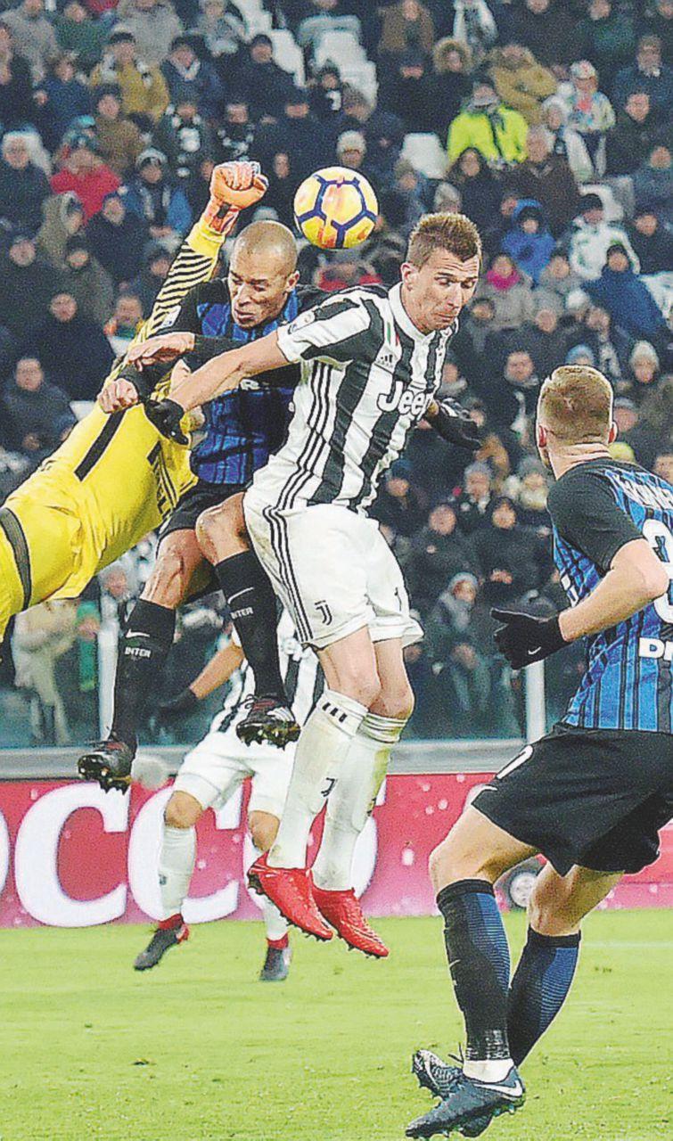 Juventus e Inter, un punto a testa accontenta gli altri