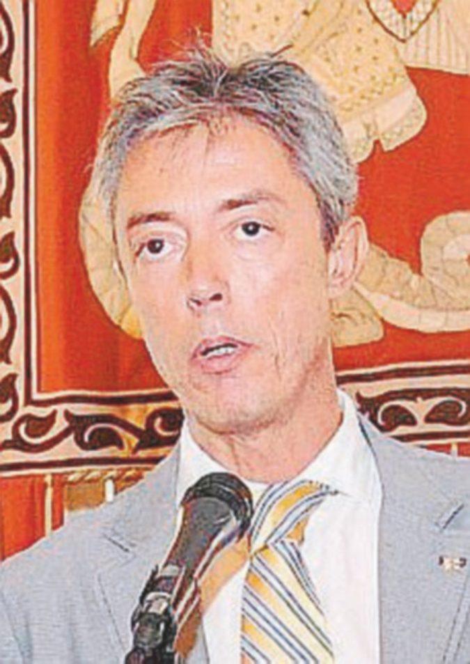 """Genova, il """"like"""" dell'assessore alla frase del Duce"""