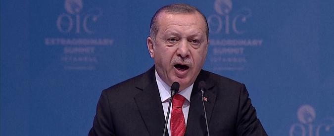 """Ue, Parlamento chiede di sospendere i negoziati di adesione della Turchia: """"Scarsi risultati su diritti umani"""""""