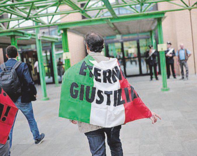 """Eternit bis, la Procura generale chiede di """"spacchettare""""  il processo di Guariniello"""