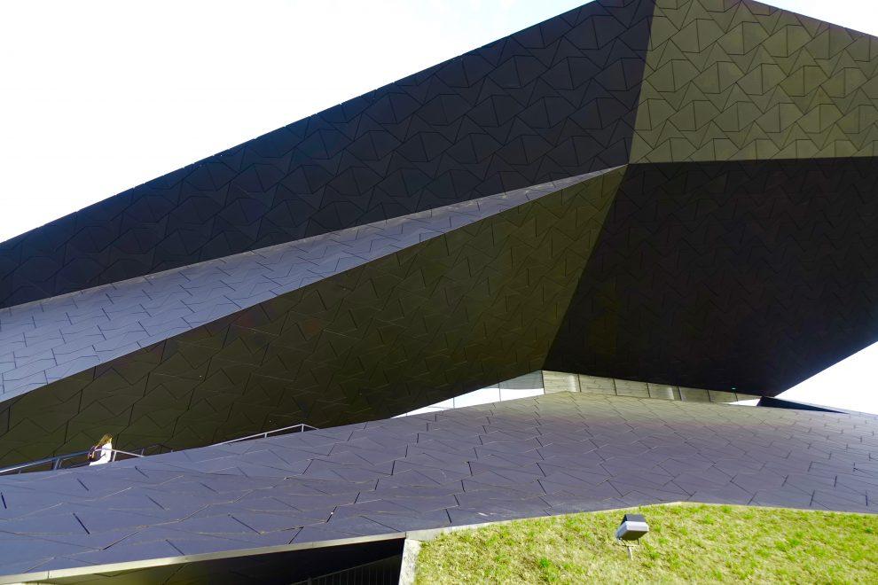 L'avveniristico teatro Festpielhaus a Erl