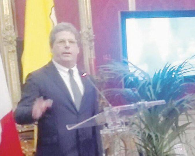 Sicilia, Miccichè si prende l'Ars anche con i voti di 4 renziani