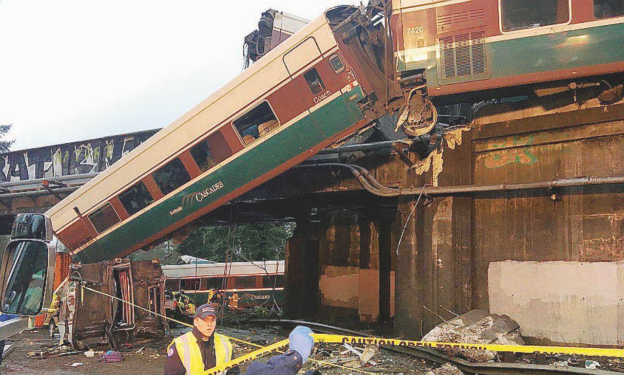 """""""Una strage annunciata"""". Il treno deragliato negli Usa e le accuse del sindaco"""