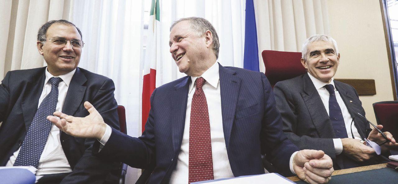 """Ossessione Etruria, Visco: """"Renzi mi chiese notizie"""""""