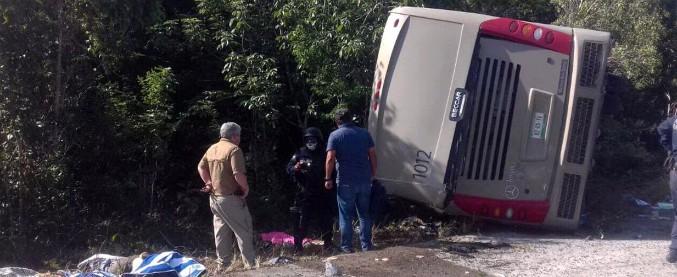 """Messico, incidente ad autobus di turisti: 12 morti e 18 feriti. """"Illesi i due italiani"""""""