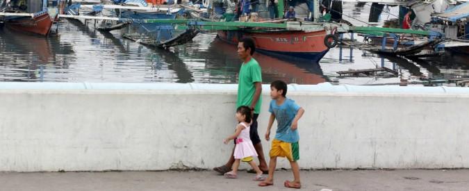 """Filippine, affonda traghetto con 251 persone a bordo. """"Almeno 4 morti"""""""