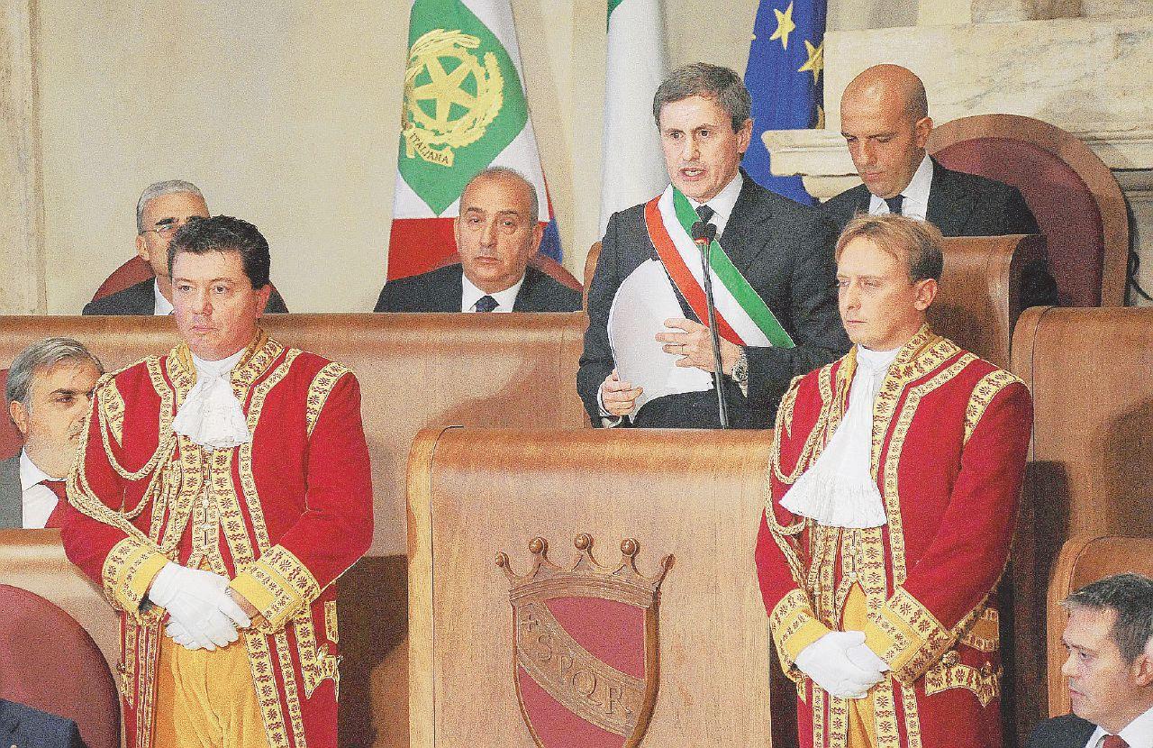 Guaio da 390 milioni per il Campidoglio: son tutti debiti dei camerati di Alemanno