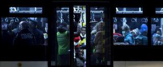 """Migranti, corridoio umanitario dalla Libia: sbarcati i primi 160. Saranno ospitati da strutture Cei. Minniti: """"Giorno storico"""""""