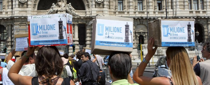Presidente Mattarella, rinvii le elezioni e cambi le regole per i referendum