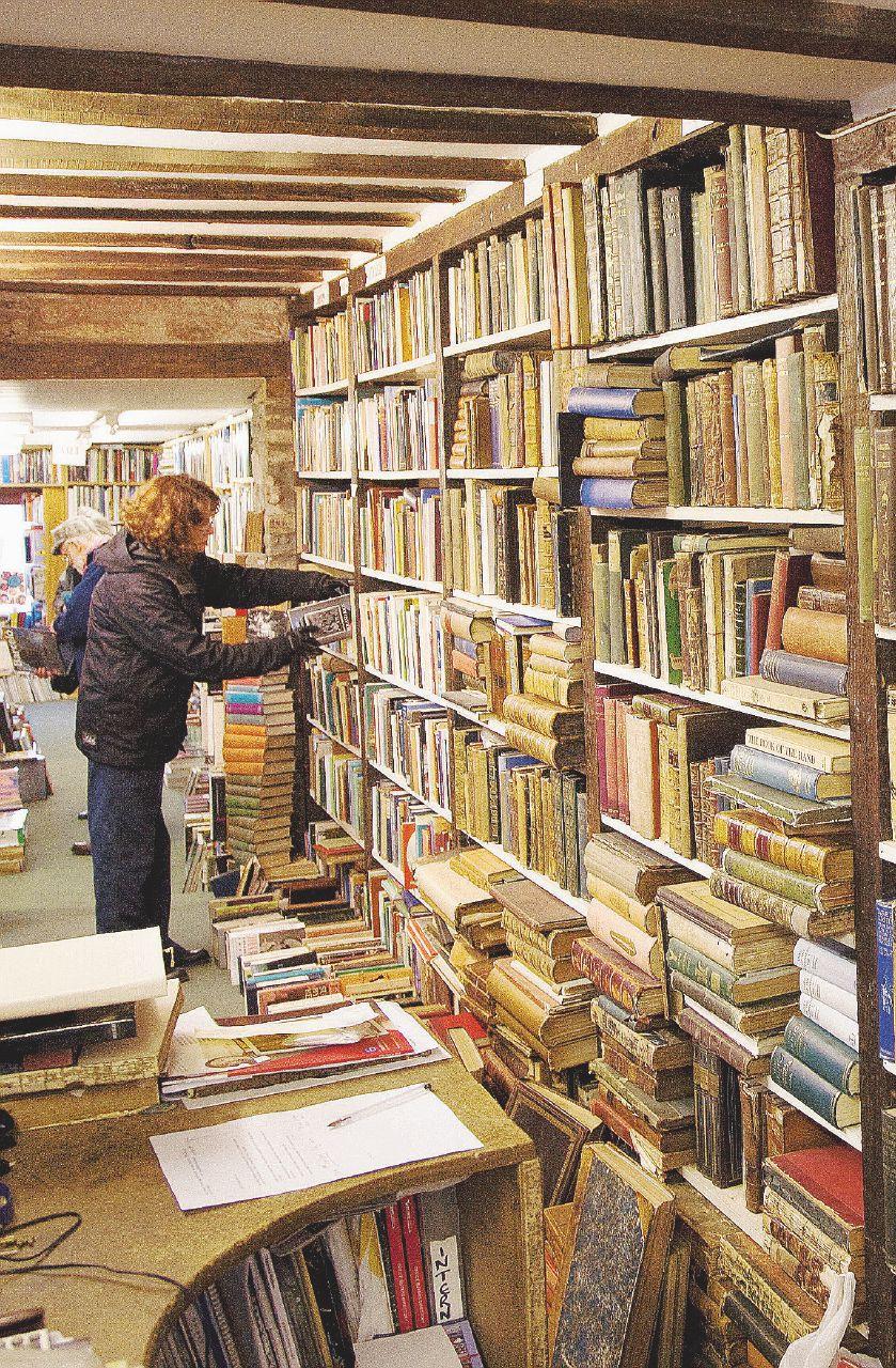 Alto, famoso, di bell'aspetto: cerco un libro ma da 5 euro