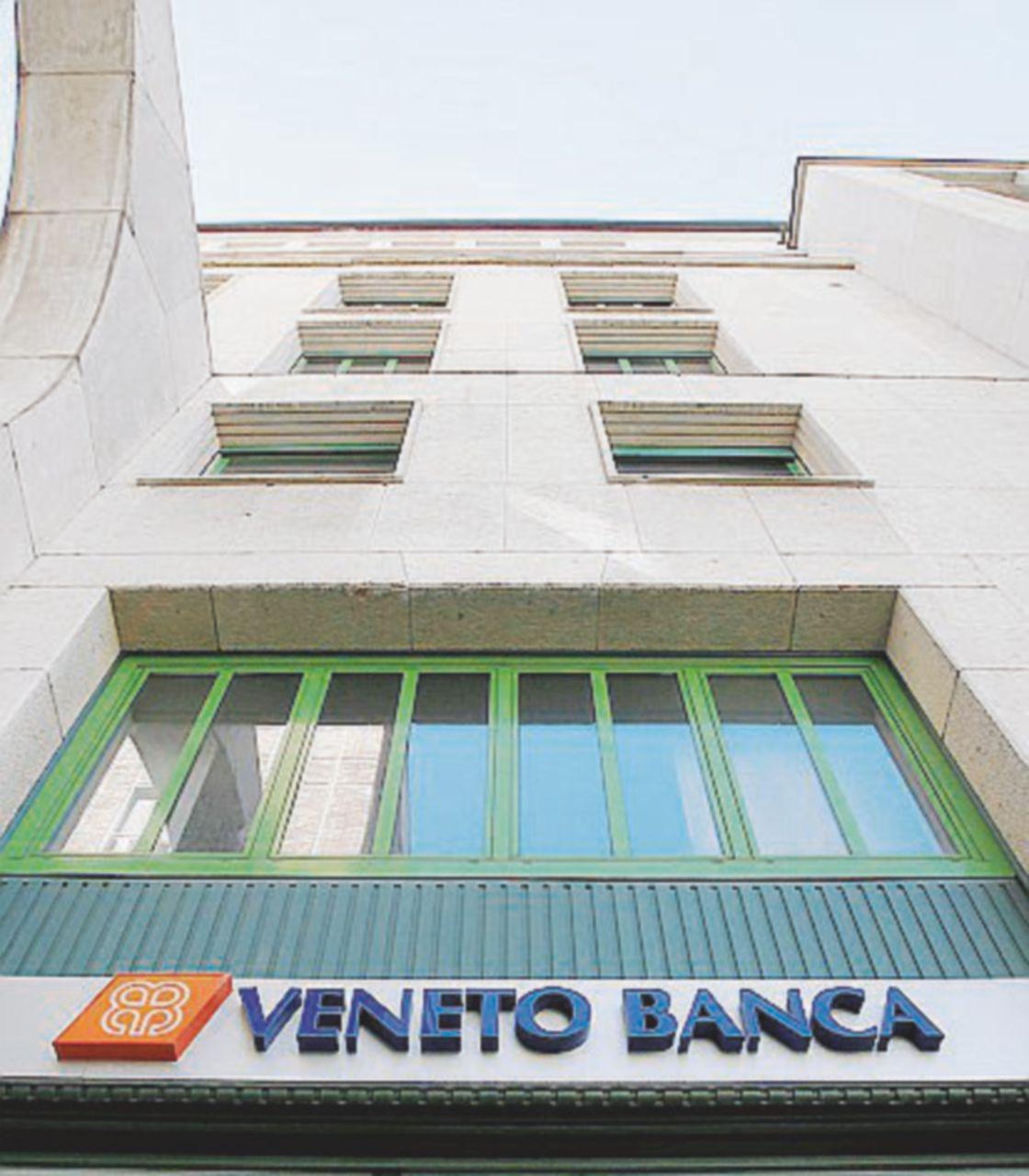 L'auto lanciata contro Veneto Banca