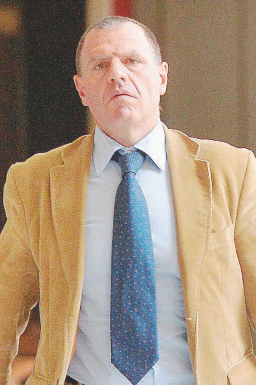 G8, anche il poliziotto delle molotov fa carriera nella Stradale del Lazio