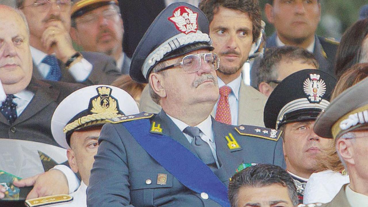 Renzi-Adinolfi, Guidi e Napolitano: tutte le parole che ora non leggerete più