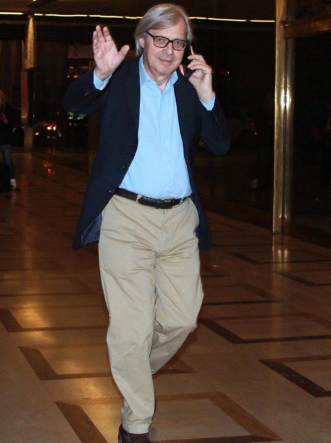 """Sgarbi quotidiani torna in tv dopo vent'anni? Mediaset non conferma ma il critico ne è sicuro: """"Ho parlato con Berlusconi"""""""