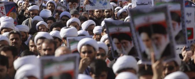 """Iran, pasdaran: """"Rivolta è stata sconfitta. Dietro le proteste Ahmadinejad e l'Mko"""" A Teheran manifestazioni pro-Khamenei"""