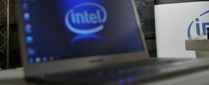 """Falla nei processori Intel, Arm e Amd. A rischio la sicurezza di pc e smartphone. Esperto: """"È la più grave degli ultimi anni"""""""