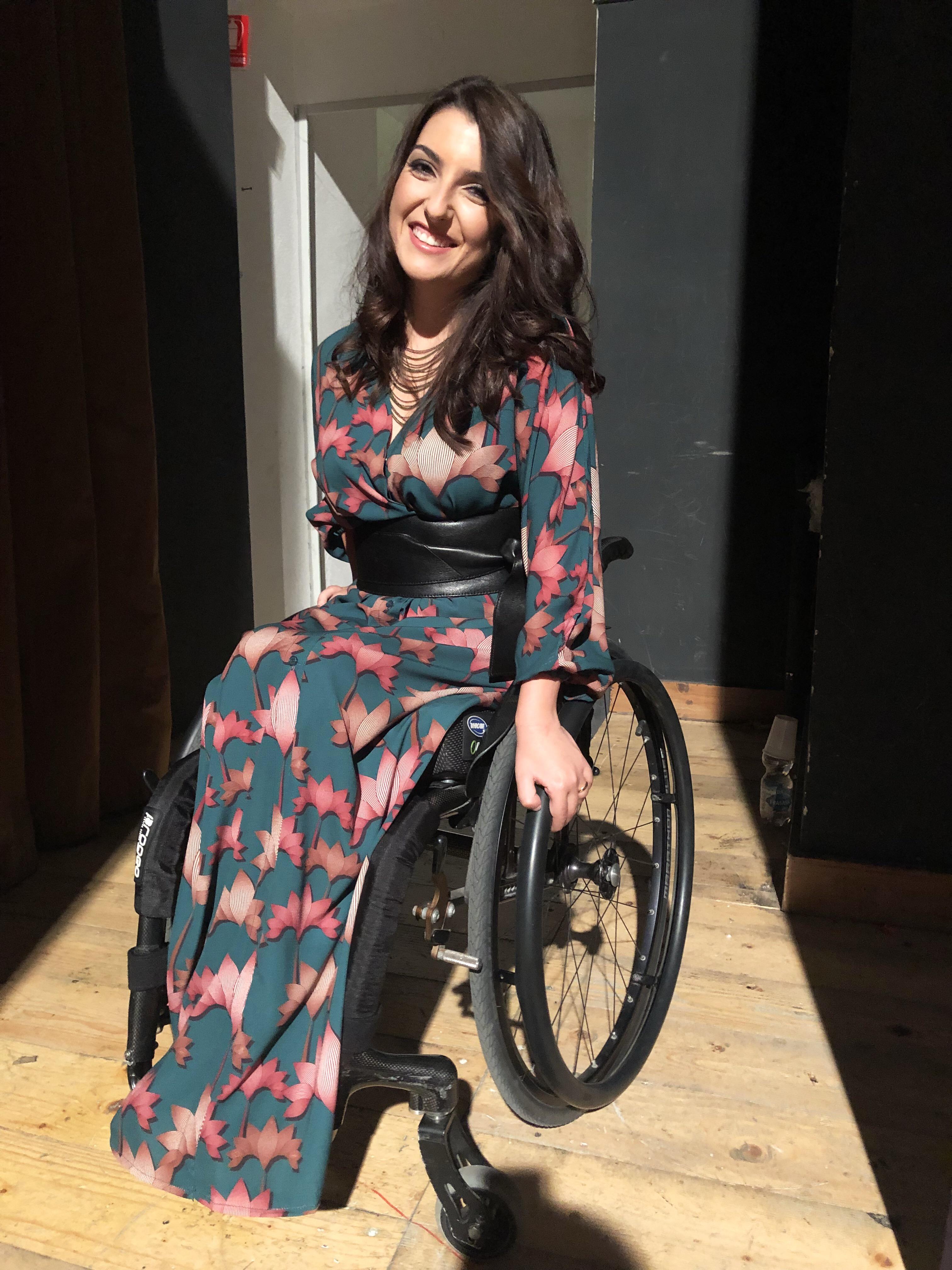Disabili Laura Un Italiana A Miss Mondo La Sedia A Rotelle Per Me Vuol Dire Liberta Ma L Italia E Ancora Indietro Il Fatto Quotidiano