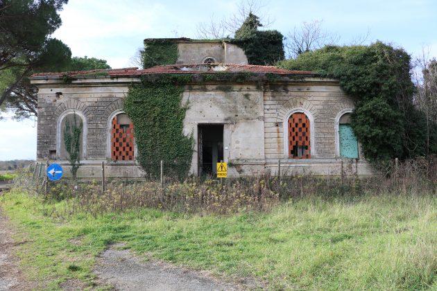 Marconi, il premio Nobel cervello in fuga da vivo, umiliato da morto: il suo centro radio, dove nacque il Wi fi, cade a pezzi