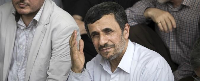 """Iran, Ahmadinejad ai domiciliari: così ha perso il sostegno di Khamenei. Pasdaran: """"Islamisti e monarchici dietro le proteste"""""""