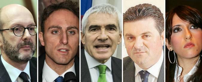 Elezioni, Renzi regala seggi sicuri a Casini e agli alleati. De Luca, Cardinale, De Mita: figli e nipoti col Pd