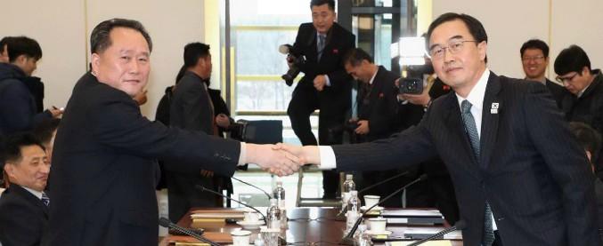 Corea del Nord, sì alle Olimpiadi dopo il vertice con Seul: invierà una delegazione. Riaperta la comunicazione militare
