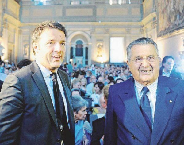 """Decreto Popolari, De Benedetti: """"Compra, ho parlato con Renzi"""""""