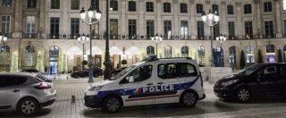 Parigi, rapina al Ritz: arrestati 3 rapinatori, i due complici sono ancora in fuga. Recuperata una parte della refurtiva