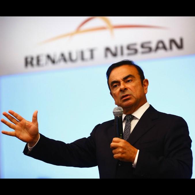 """Renault-Nissan, """"un miliardo di dollari per le auto del futuro"""""""