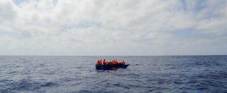 """Migranti, ong Sea Watch: """"Naufragio al largo della Libia, 12 morti e 41 salvati"""". Salvini: """"Si rivolgano ad altri Paesi"""""""