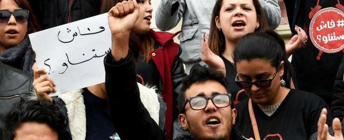 Tunisia, proteste e scontri: i giovani chiedono pane e giustizia sociale. Tasse aumentano e occupazione cala