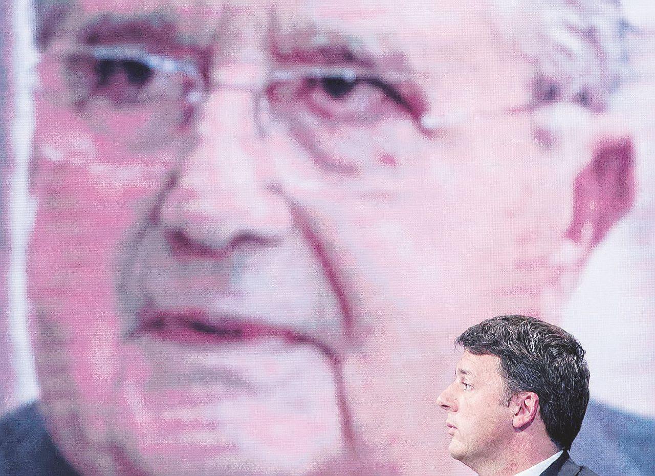 """In Edicola sul Fatto Quotidiano del 12 gennaio: De Benedetti: """"Il governo Renzi c'est moi"""""""