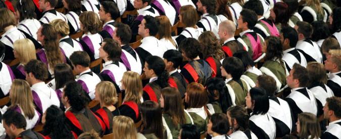 fff767858d Tasse universitarie, l'Italia terza più cara d'Europa. Poche borse ...