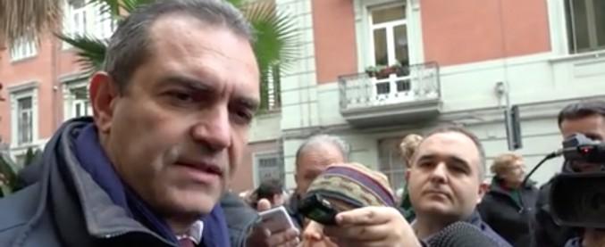 Napoli, il Comune vicino al crac a causa del debito per la ricostruzione post sisma '81. La salvezza nelle mani del governo
